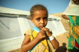Etiópia Tigré polgárháború menekült lány